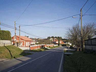 ptif_bt351-estrada-nunha-aldea