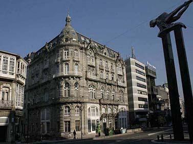 ptif_bt121-edificio-nunha-cidade