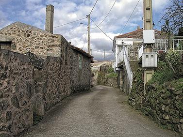 ptif_bt346-camino-nunha-aldea