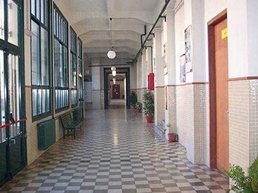 ptif_bt419-pasillos-dun-colexio-3